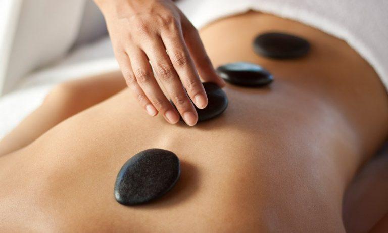 xhot-stone-massage-benefici-jpg-pagespeed-ic_-jiqbdlkvdg-768x461-immagine-3