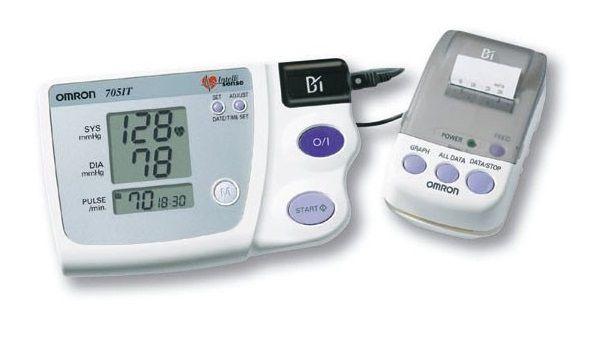 Misuratore di pressione elettronico da braccio Omron 705 CP II HEM-759-E2